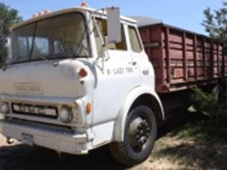1972 gmc 6500 lot bennett co farm machinery truck. Black Bedroom Furniture Sets. Home Design Ideas