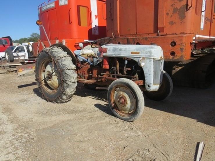 Ford 8N - Lot #, EASTERN NEBRASKA'S LARGE LATE MODEL TRUCK