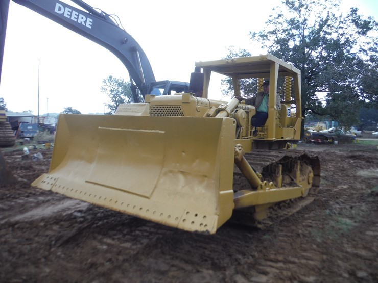 1969 CATERPILLAR D6C - Lot #, Online Only Equipment Auction, 1/24