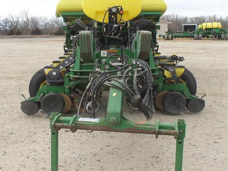 2011 John Deere 1770nt Lot Dc2364 Online Only Knight Farms