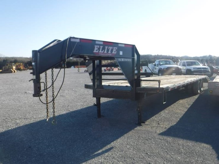 2015 ELITE 32' DUAL T/A GOOSENECK FLATBED TRAILER - Lot
