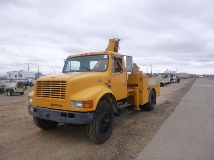 1989 International 3800 T444E Boom Truck 2 WD 6 Cyl Diesel 5 Spd Manual W Overdrive Rebuilt Engine Vin 1HTSDZZP8LH280891 Miles 35170