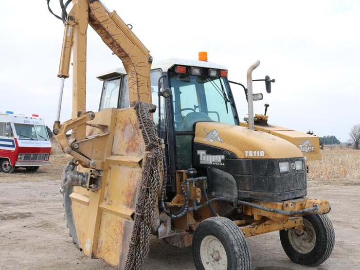 1998 New Holland TS110 - Lot #DC3533, Online Only Government