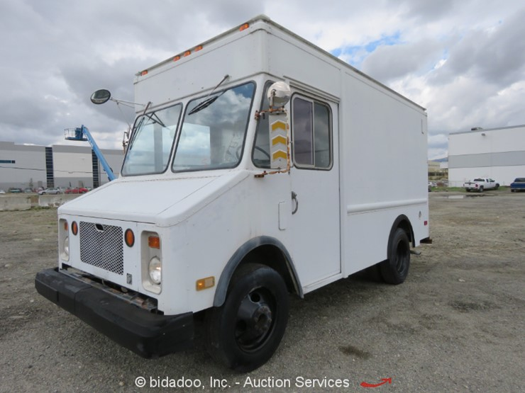 1987 Chevrolet P30 - Lot #, Online Only Equipment Auction, 4