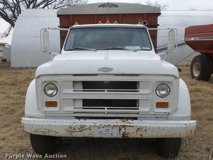 1972 Chevrolet C60 - Lot #EC9723, Online Only Ag Equipment Auction