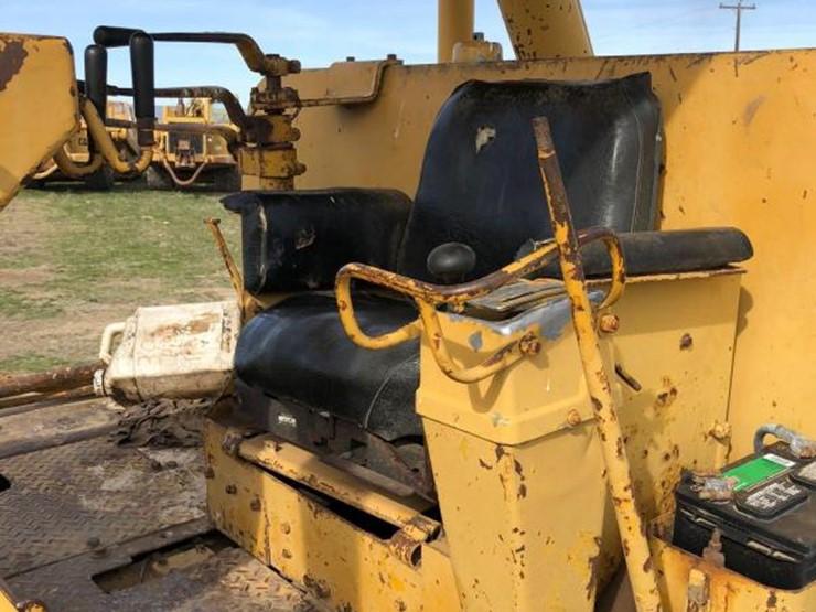 Caterpillar D9 - Lot #77, Heavy Equipment Auction, 5/18/2018