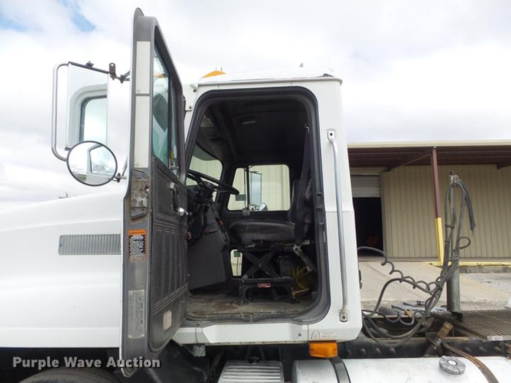 1995 Mack CH613 - Lot #DC7466, Online Only Truck and Trailer