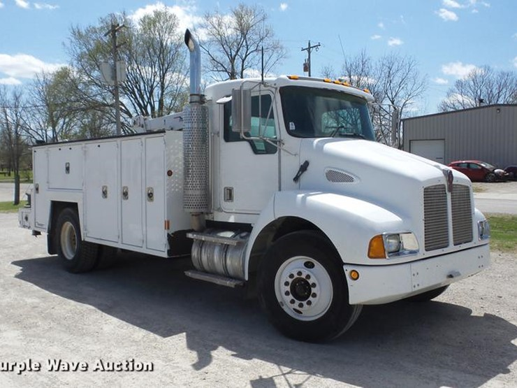 Kenworth T300 - Lot #J8527, Online Only Vehicle and Equipment