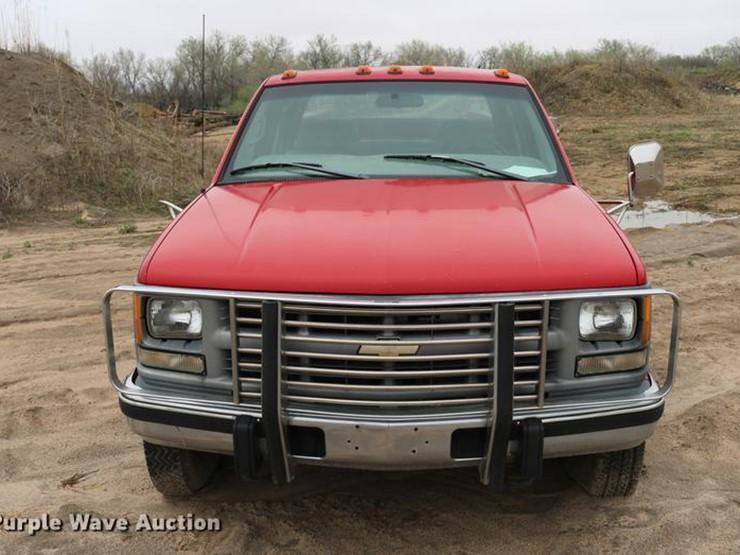 1998 Chevrolet Cheyenne 3500 - Lot #DD4217, Online Only