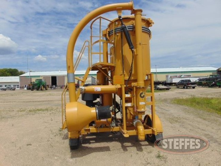 Grain Vac Vac Boss - Lot #58, Farm Equipment Auction, 7/6