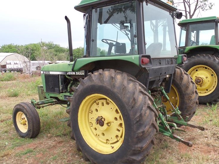 1990 John Deere 2355 Lot DD8180 Online Only Ag Equipment