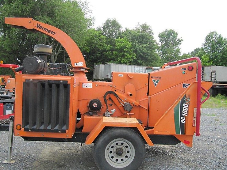 2011 Vermeer BC1000XL - Lot #45958, Online Only Equipment