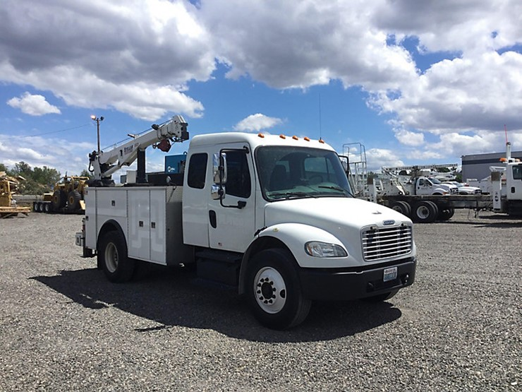 2013 Freightliner M2 106 - Lot #49319, Online Only Equipment Auction