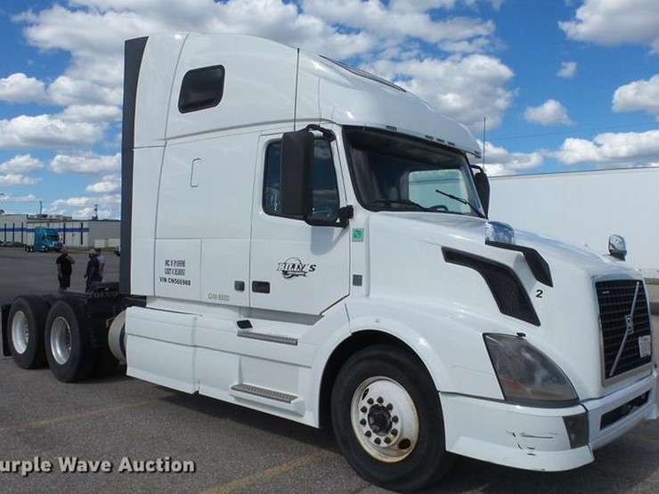 2012 Volvo VNL - Lot #DF4274, Online Only Truck and Trailer Auction