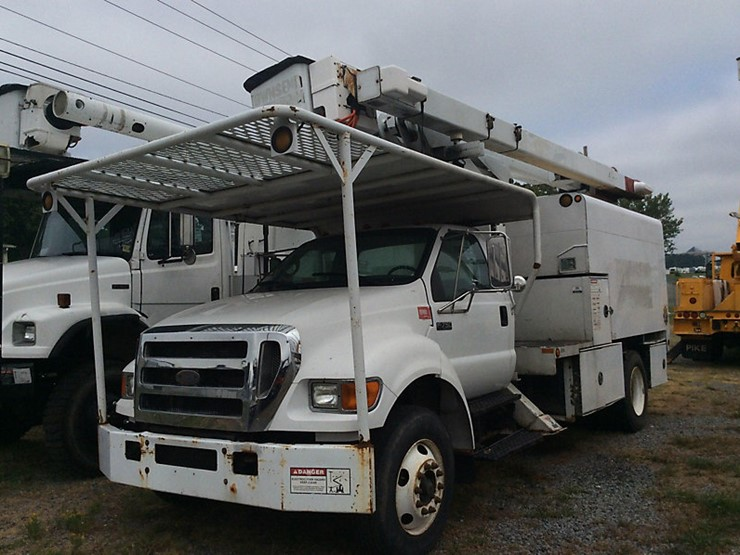 2006 Ford F750 - Lot #979, Equipment Auction, 7/26/2018