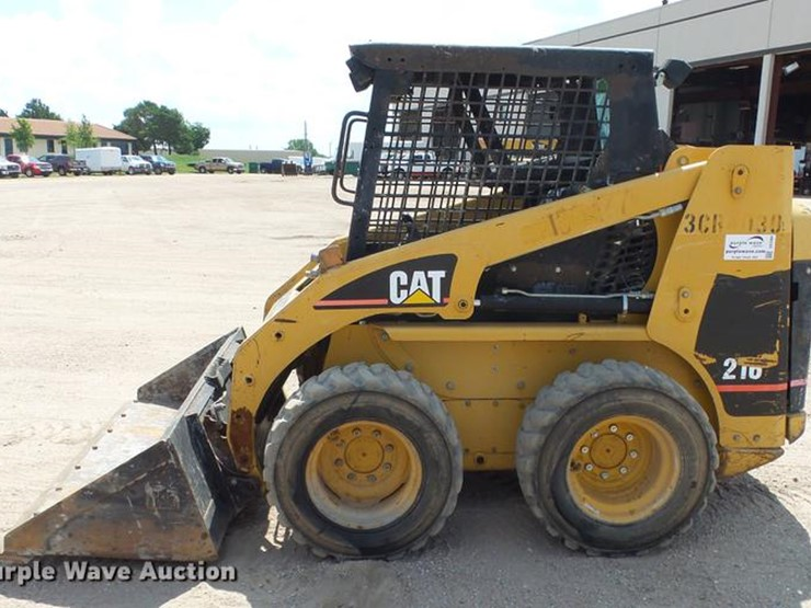 2002 Caterpillar 216 - Lot #DE2964, Online Only Construction