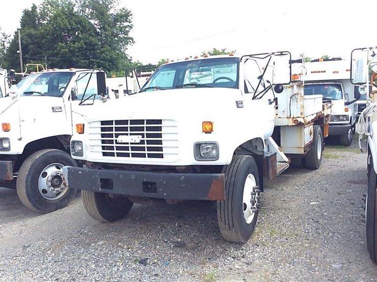 2002 GMC C7500 - Lot #, Equipment Auction, 8/18/2018, J J  Kane