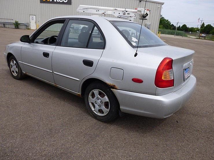 2002 hyundai accent lot 53920 online only equipment auction 8 17 2018 j j kane auction resource 2002 hyundai accent lot 53920