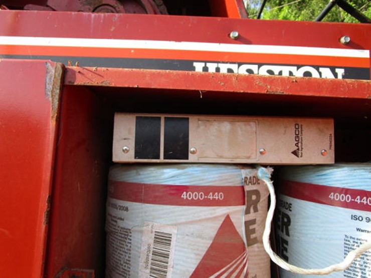 1997 Hesston 4750 - Lot #52, Online Only Equipment Auction, 8/14
