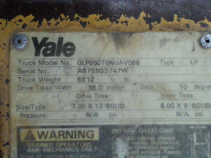 Yale Forklift - Lot #117, Online Only Equipment Auction, 8