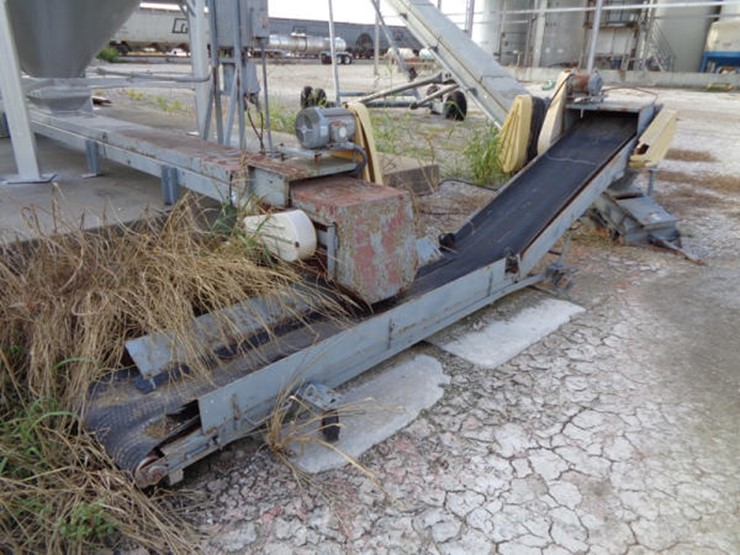 Rapat Under Car Seed Conveyor - Lot #625, Online Only Equipment