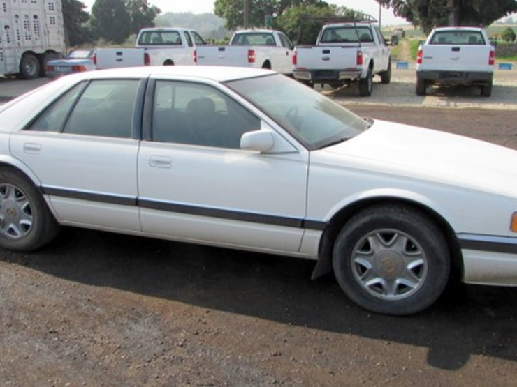 1995 cadillac seville sls 4d car lot e 286 online only equipment auction 9 11 2018 pickett auction service auction resource auction resource