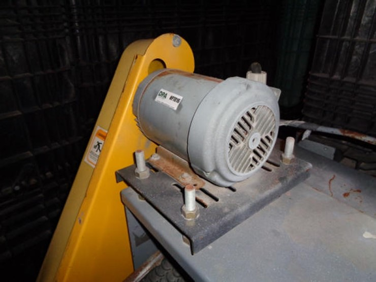 Rapat Under Car Seed Conveyor - Lot #585, Online Only
