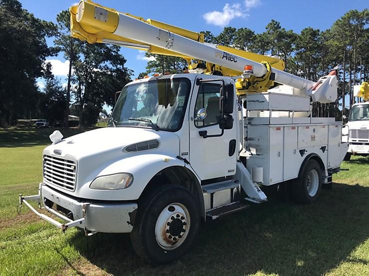 2009 Freightliner M2 106 - Lot #155686, Equipment Auction