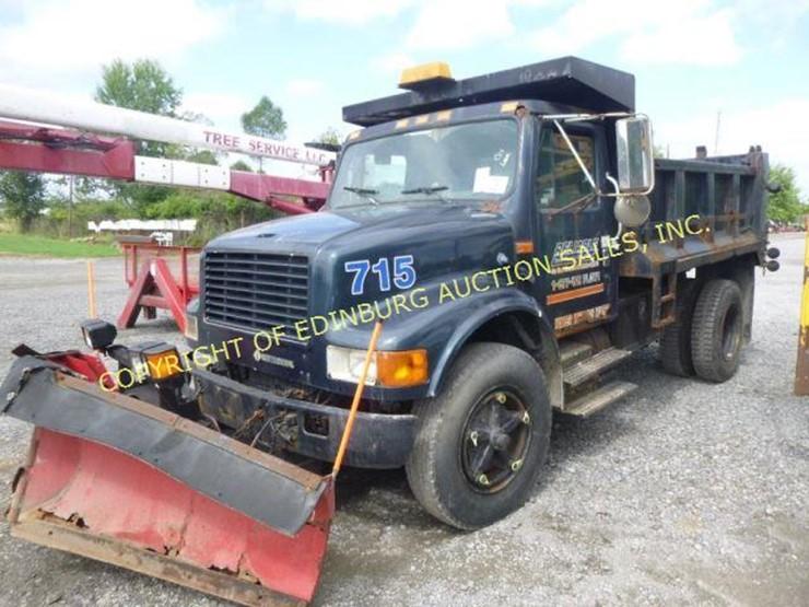 1992 International DT466 - Lot #1118, Equipment Auction, 9