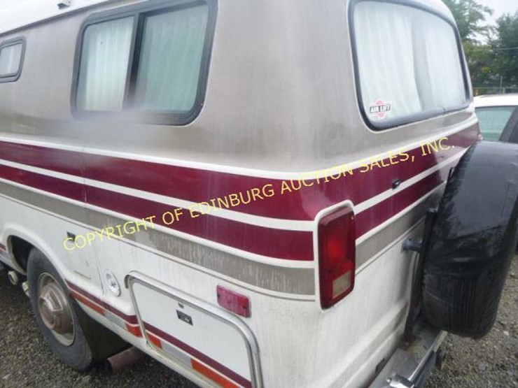 1987 Dodge Ram 350 - Lot #1084, Equipment Auction, 9/15/2018