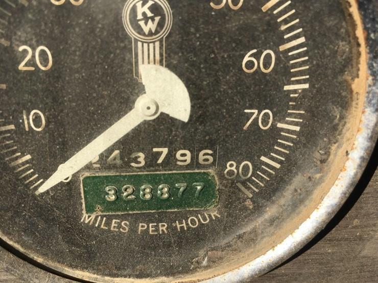 1973 Kenworth W924 - Lot #TEMP4600, Equipment Auction, 9/19