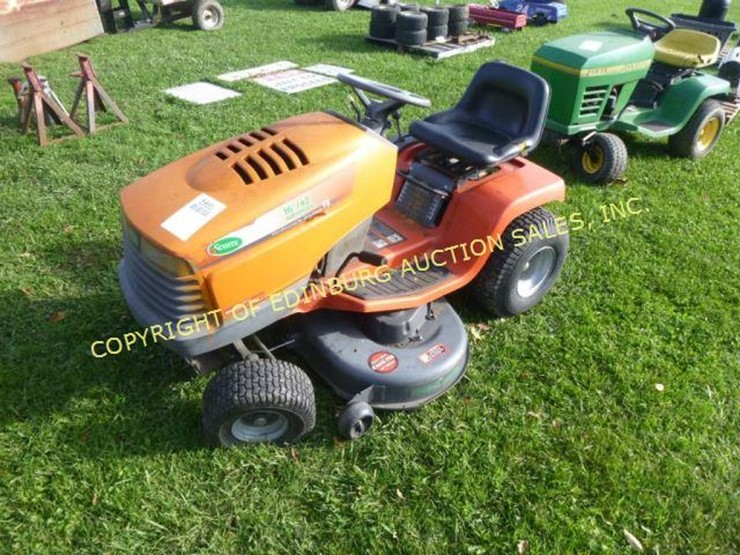 Scotts 16hp 42 Cut Lawn Tractor For Parts Lot 5460