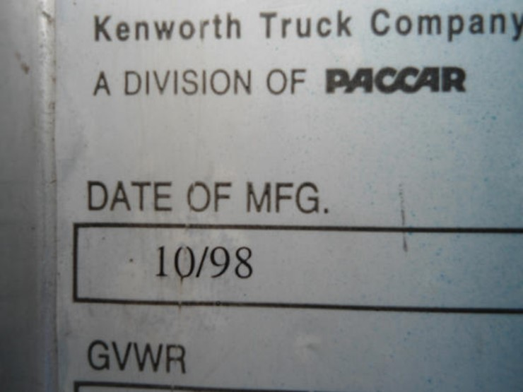1999 Kenworth W903L2 - Lot #89, Online Only Farm and Construction