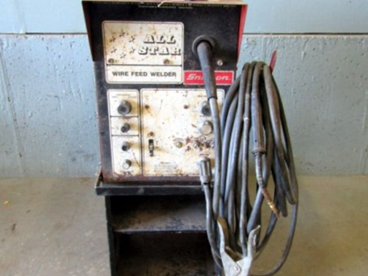 Snap On Wire Feed Welder Lot Z 752 Online Only Farm Equipment Auction 10 30 2018 Pickett Auction Service Auction Resource