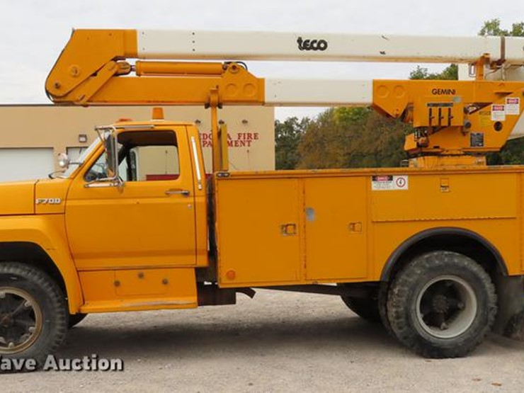 1988 Ford F700 - Lot #DF1269, Online Only Government Auction