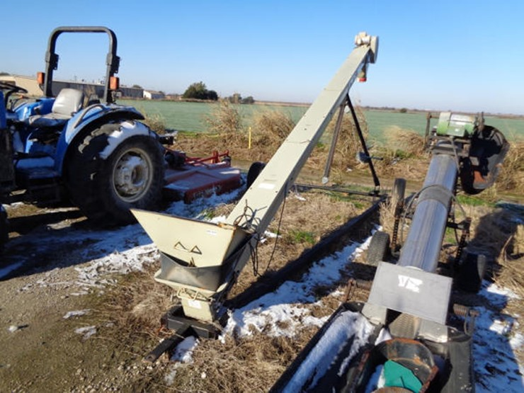 Quality Plus Portable Seed Conveyor - Lot #200, Online Only