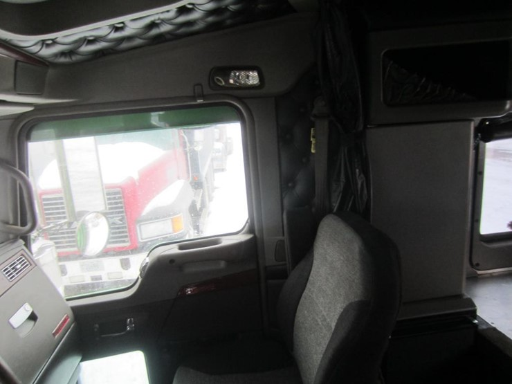 2008 Kenworth W900 - Lot #, Online Only Equipment Auction