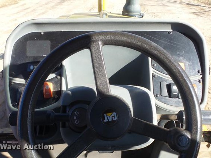 2005 Caterpillar 420D - Lot #DG2785, Online Only Government