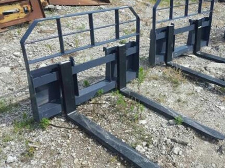 Arrow Mighty Max Skidsteer Forks - Lot #334, Online Only
