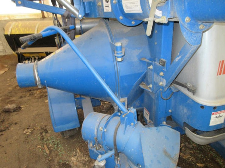 Brandt 7500 Grain Vac - Lot #180, Online Only Farm and