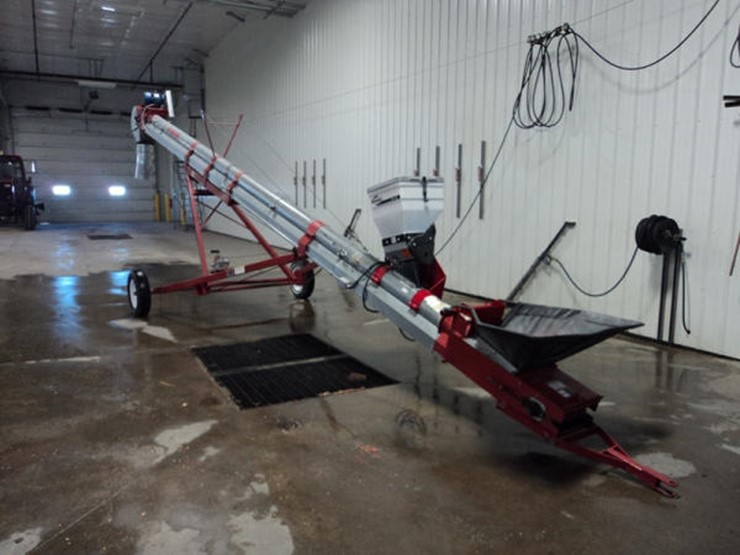 Friesn Seed Conveyor - Lot #155, Online Only Equipment Auction, 1/22