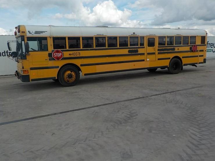 IC 78 Passenger School Bus c/w International Diesel Engine