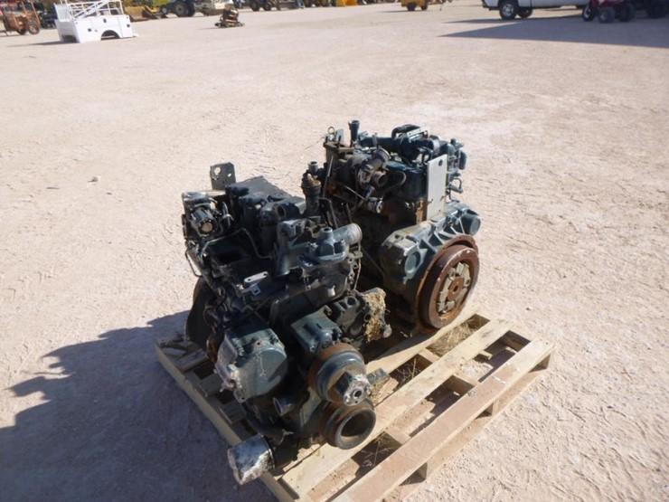 2) Kubota 4 Cylinder Diesel Engines - Lot #322, Equipment