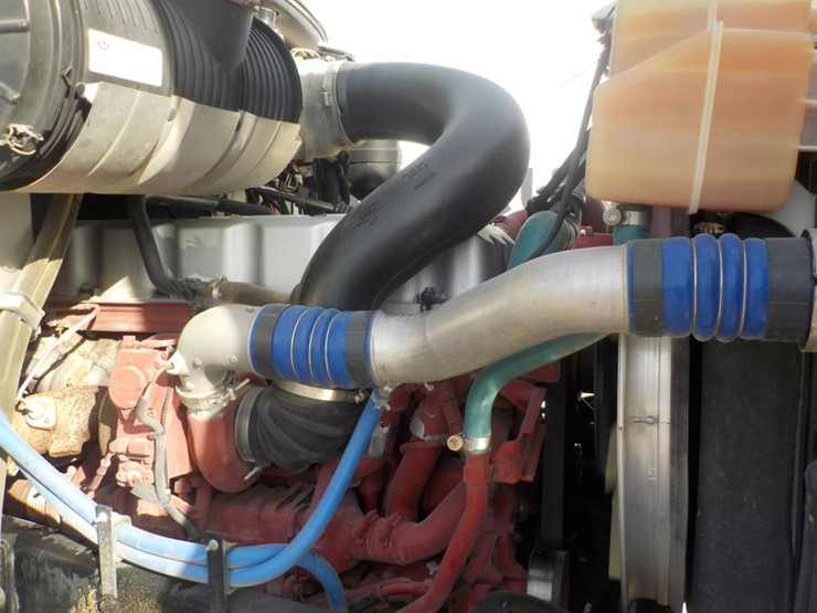 Mack GU813 Tandem Axle Dump Truck c/w Mack MP7 Diesel Engine