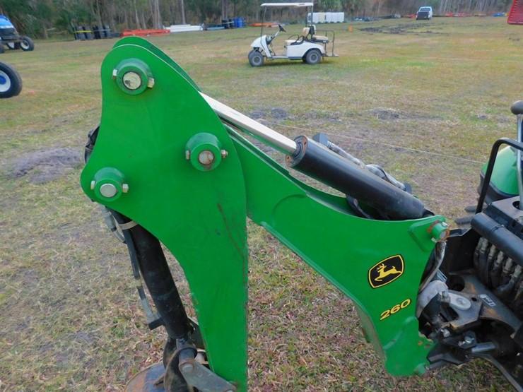 2016 John Deere 1025R - Lot #3987A, Four Day Equipment