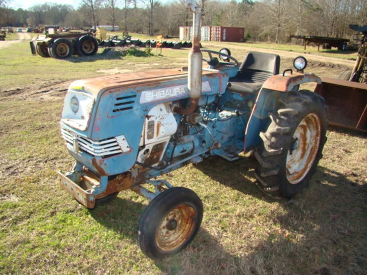 D-ROW) SHIBAURA 1800 TRACTOR - Lot #225, Equipment Auction