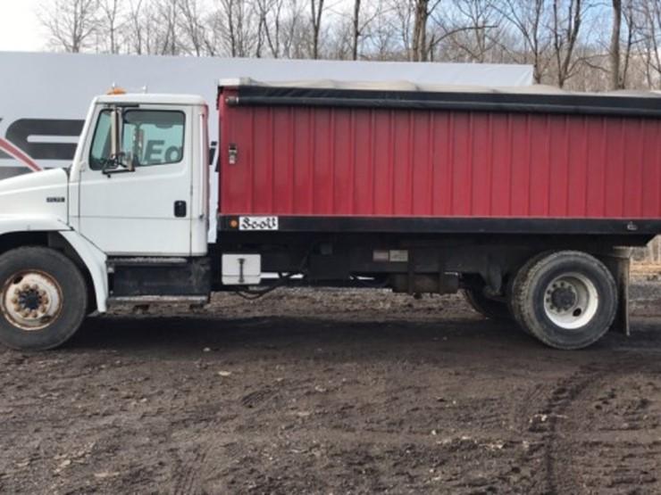 99 Frieghtliner Grain Truck - Lot #563, Equipment Auction, 3/2/2019