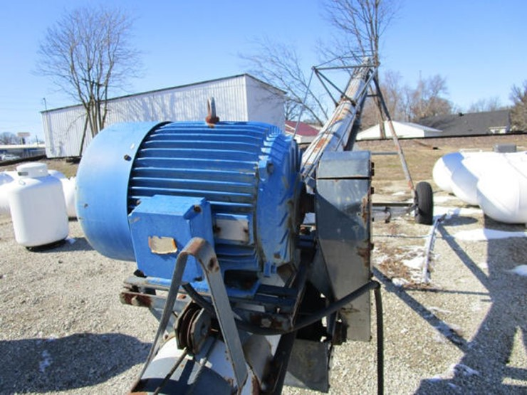 Speed King Seed Conveyor - Lot #170, Online Only Equipment
