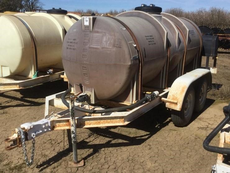 BIG W 1100 Gal Dual Axle Poly Fertilizer Tank Trl - Lot #70