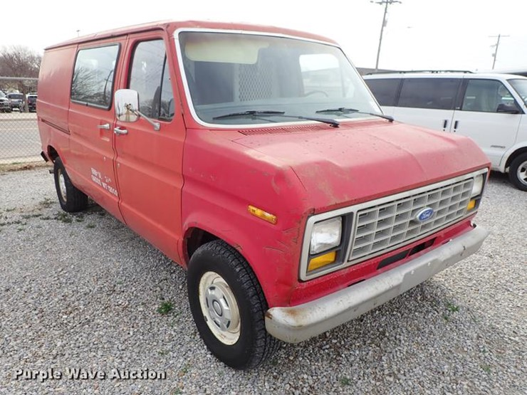 1983 Ford E150 - Lot #DF8873, Online Only Government Auction, 4/16
